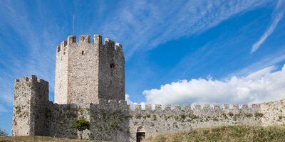 featured castle of platamon